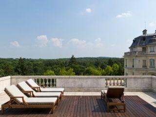 La Chapelle-en-Serval im Tiara Château Mont Royal Chantilly