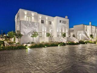 Glastros im Portes Mykonos Suites & Villas