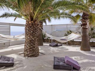 Urlaub Kalo Livadi im Pietra e Mare Beach Hotel