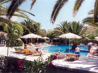 Urlaub Adelianos Kambos im Maravel Land Hotel Resort