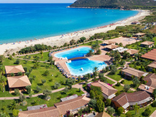 Urlaub Castiadas im Hotel Garden Beach