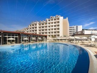 Urlaub Krk im Corinthia Baška Sunny Hotel by Valamar