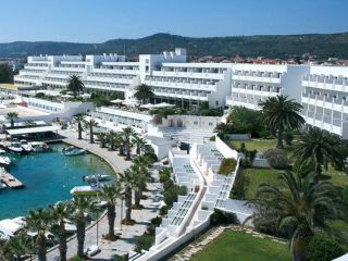 Urlaub Çesme im Altin Yunus Resort & Thermal Hotel