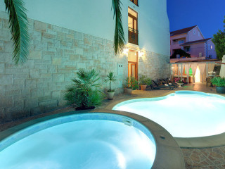 Urlaub Supetar im Hotel Villa Adriatica