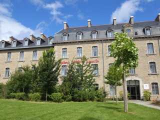 Dinan im Residence MMV Dinan Duguesclin