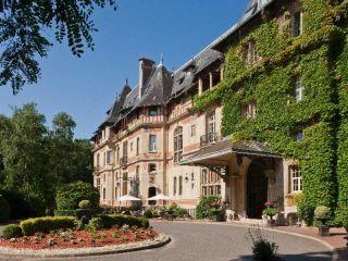 Gouvieux im Chateau de Montvillargenne