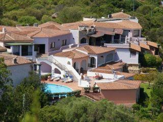 Urlaub Baja Sardinia im Hotel Li Graniti