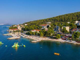 Urlaub Arbanija im Hotel Sveti Kriz