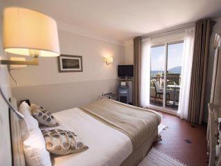 Urlaub Toulon im La Corniche Hôtel