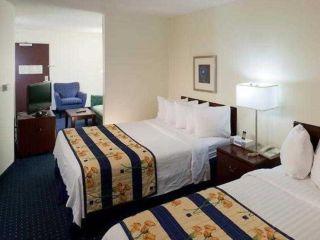 Arcadia im SpringHill Suites Pasadena / Arcadia