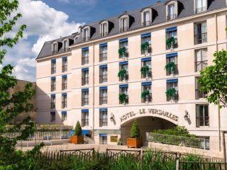 Versailles im Hôtel Le Versailles