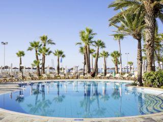 Urlaub Larnaka im The Golden Bay Beach Hotel