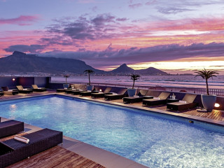 Urlaub Kapstadt im Lagoon Beach Hotel & Spa