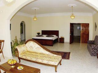 Muscat im Villa Shams