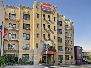 Urlaub Jersey City im Ramada by Wyndham Jersey City