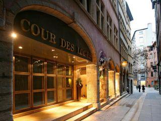 Lyon im Cour des Loges