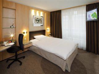 Zürich im Mövenpick Hotel Zürich Regensdorf