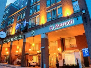 Montreal im SpringHill Suites Old Montreal