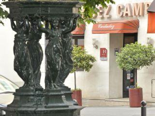 Paris im Carladez Cambronne