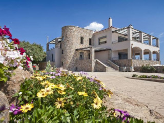 Urlaub Ägina-Stadt im Marini Luxury Apartments & Suites