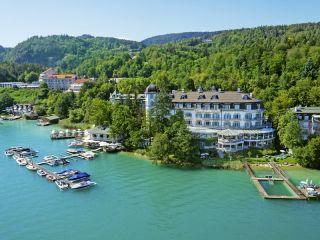 Pörtschach am Wörther See im Hotel Schloss Seefels