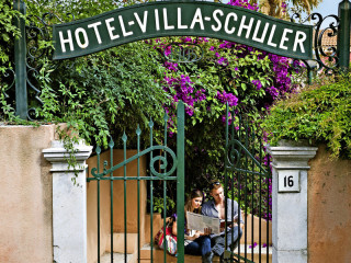 Taormina im Villa Schuler