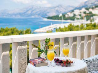 Urlaub Baška Voda im Hotel Villa Bacchus