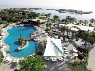 Urlaub Manama im The Ritz-Carlton Bahrain