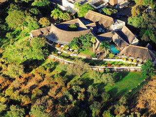 Urlaub Victoria Falls im Ilala Lodge Hotel
