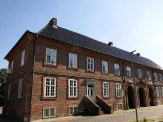 Urlaub Rendsburg im Hotel Pelli Hof Rendsburg By Tulip Inn