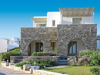 Naoussa im Saint Andrea Paros Seaside Resort