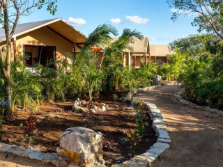 Urlaub Xpu Há im Serenity Eco Luxury Tented Camp by Xperience Hotels