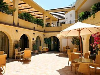 Urlaub Campofelice di Roccella im Hotel Dolcestate