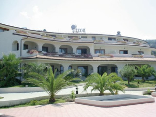 Urlaub Zambrone im Hotel Scoglio del Leone