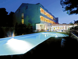 Urlaub Arbanija im Hotel & Villa Sveti Kriz & Kamp Sveti Kriz