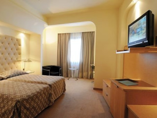 Urlaub Loutraki im Club Hotel Casino Loutraki