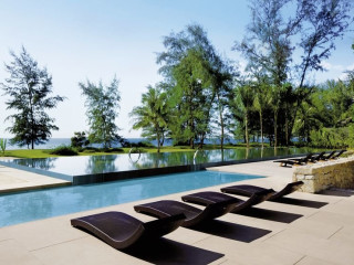 Mai Khao Beach im Renaissance Phuket Resort & Spa