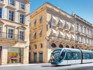 Bordeaux im Best Western Premier Hotel Bayonne Etche Ona - Bordeaux