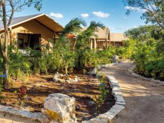 Urlaub Xpu Há im Serenity Eco Luxury Tented Camp by Xperience Hotels
