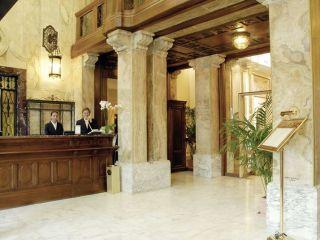 Genua im Grand Hotel Savoia
