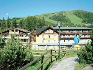 Rennweg am Katschberg im Familienhotel Hinteregger