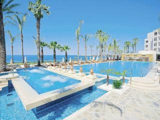 Paphos im Alexander The Great Beach Hotel