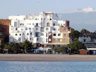 Urlaub Giardini-Naxos im Sporting Baia Hotel