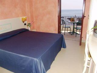 Urlaub Giardini-Naxos im Hotel Kalos