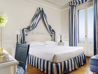 Viareggio im Grand Hotel Principe di Piemonte