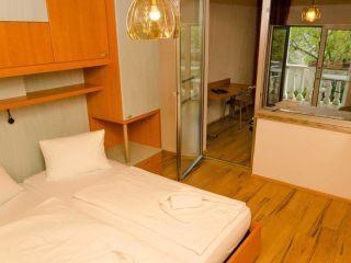 Podersdorf am See im Gästehaus Hotel Herlinde