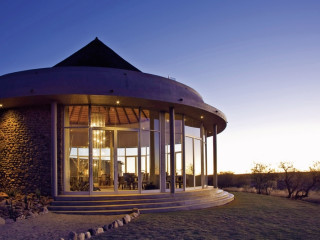 Windhoek im N/a'an ku se Lodge