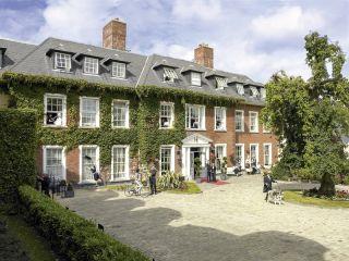 Cork im Hayfield Manor Hotel