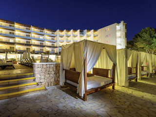 Urlaub Santa Eulalia del Rio im Palladium Hotel Don Carlos