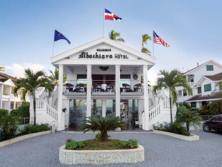 Las Terrenas im Albachiara Beachfront Hotel